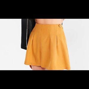 UO Utopia Pleated Shorts